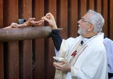 Border Mass Communion